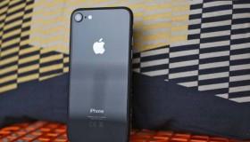 iPhone 8 cũ 16Gb cháy hàng - Phải chăng do iPhone 8 cũ có giá quá rẻ?