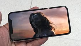 Mua iPhone 8 chính hãng luôn và ngay hay chờ đợi iPhone X?