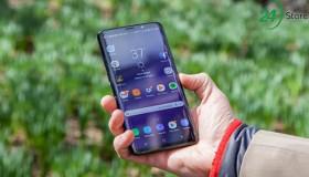 Samsung Galaxy S10: màn hình không viền, quét vân tay toàn màn hình