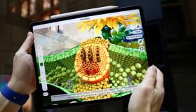 Trên tay chiếc iPad Pro (2018): viền mỏng, Apple Pencil 2 sạc không dây