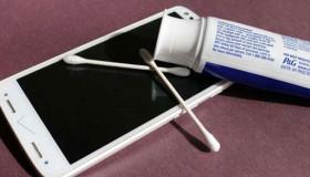 10 cách xóa tan mọi vết xước trả lại bề mặt xinh tươi cho điện thoại