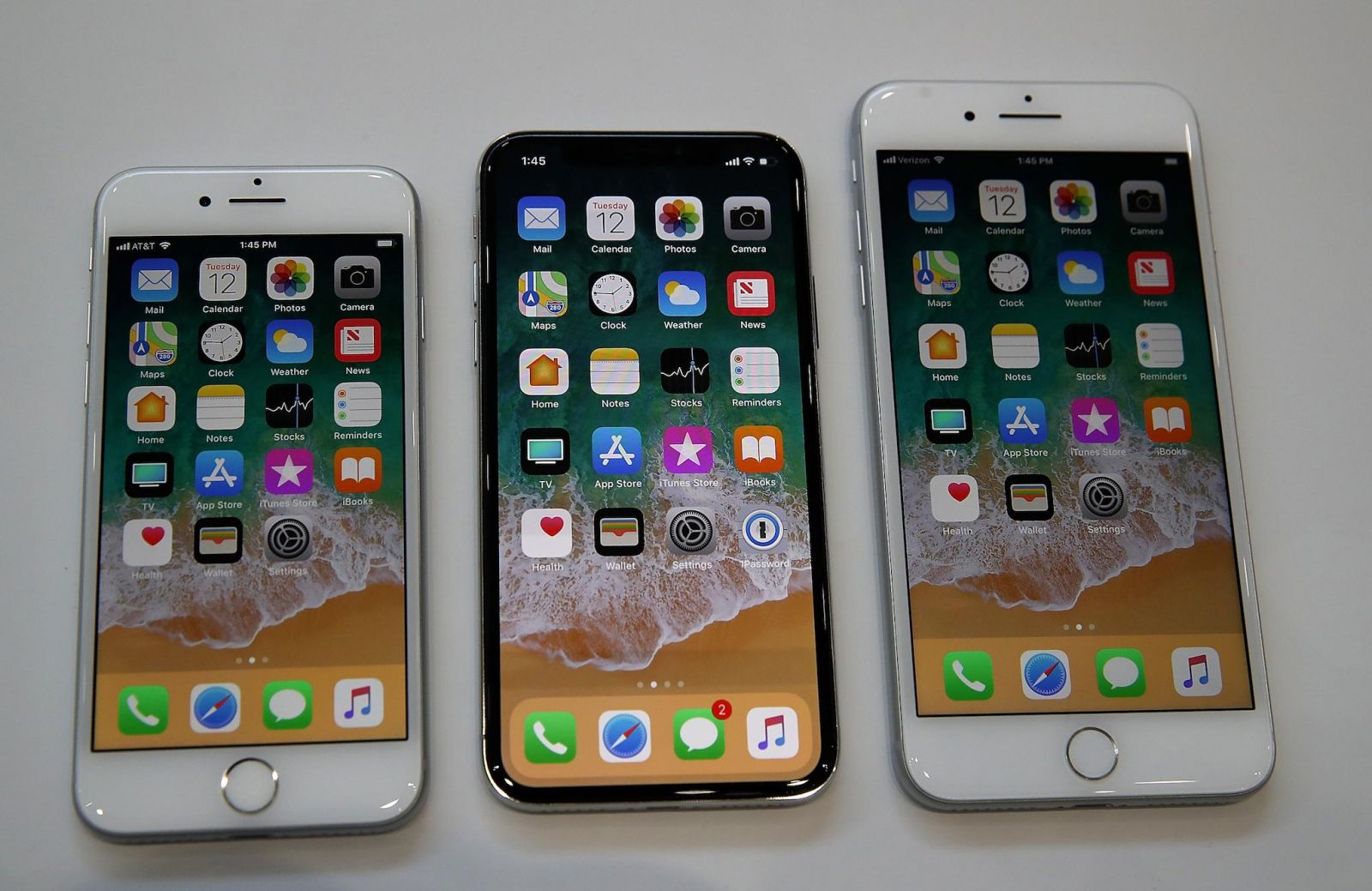 dat hang iphone 8 iphone x hinh anh 3