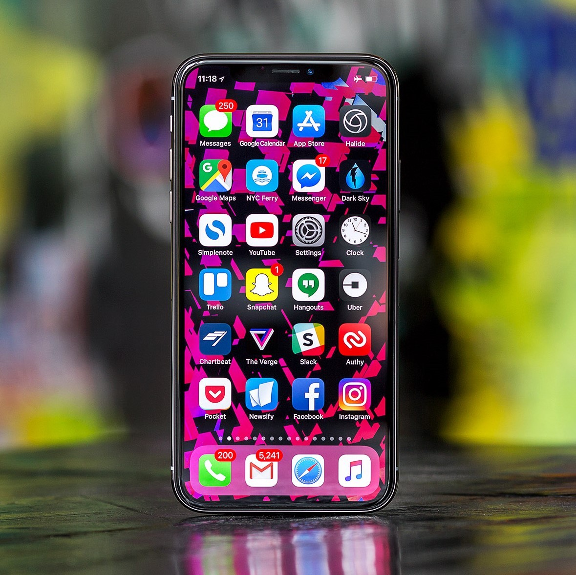 cach keo dai thoi luong pin tren iphone x hinh anh 2