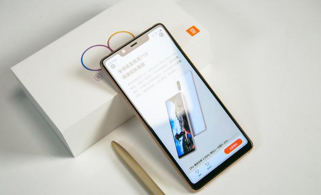 Xiaomi Mi 8 SE 4