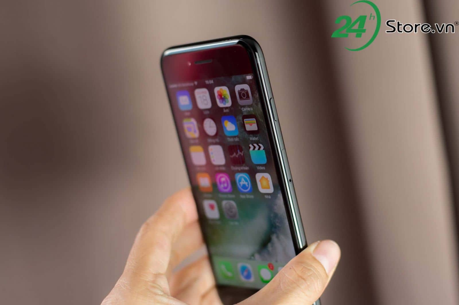 5 ly do khien ban nen mua iphone 7 cu hon iphone x hinh 2 min