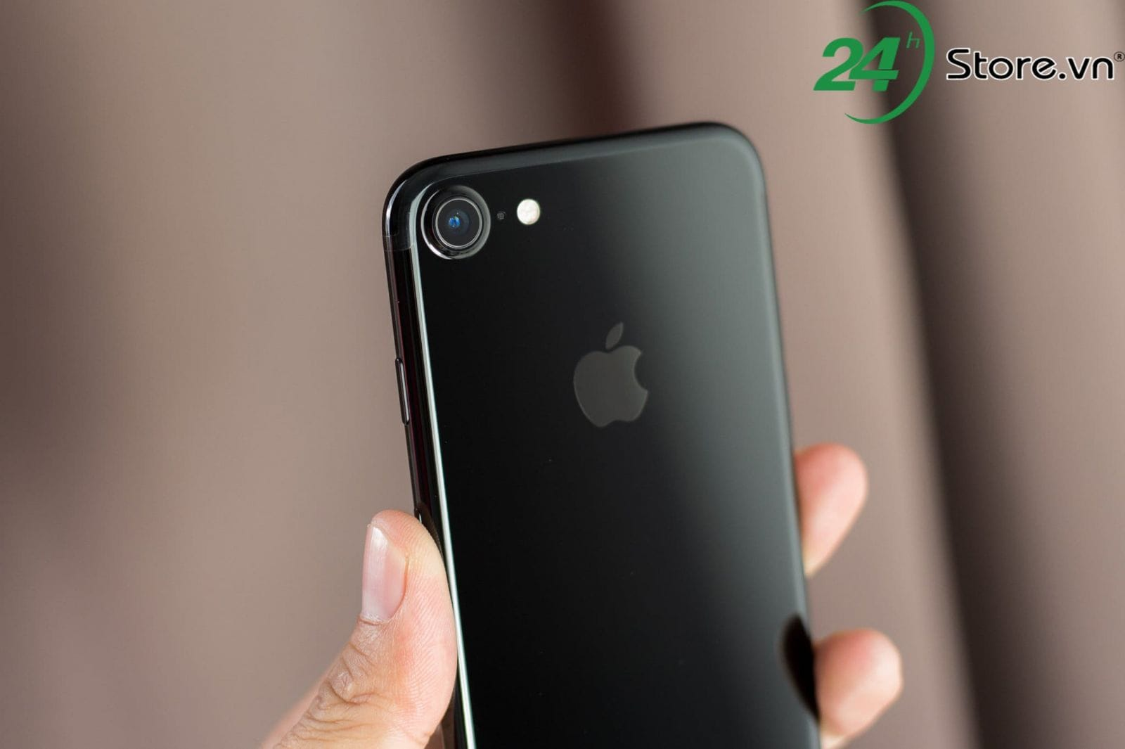 5 ly do khien ban nen mua iphone 7 cu hon iphone x hinh 4 min