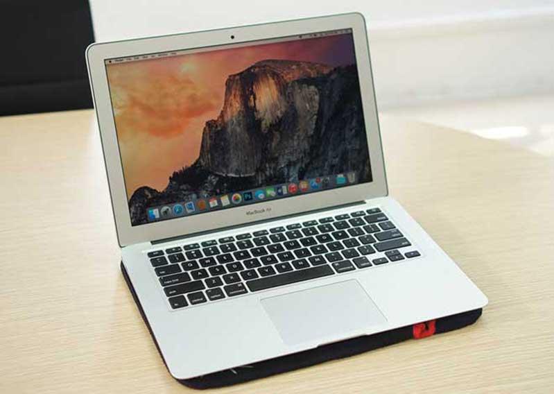 macbook air 13 inch early 2015 mjve2