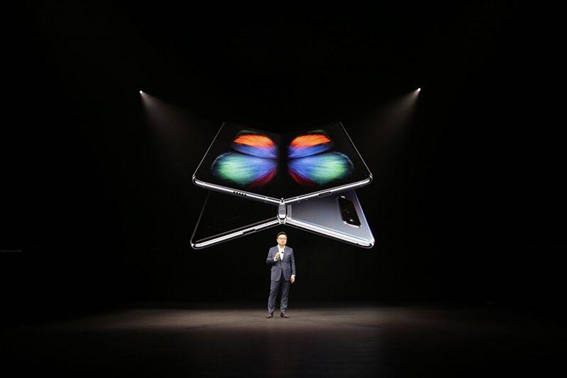 Mua điện thoại Samsung ở đâu uy tín nhất?